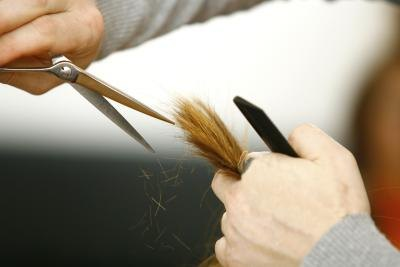 How to Thin Out Thick Hair