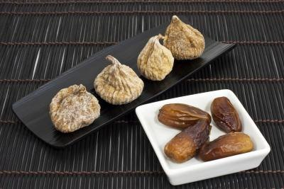 Nutritional Comparison Between Figs & Dates