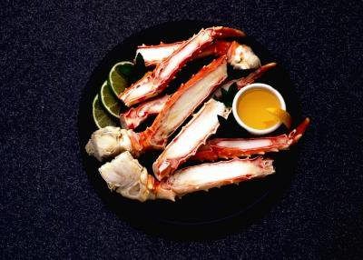 How to Cook Snow Crab Legs So They Crack Easily
