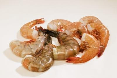 How to Cook Frozen Shrimps That Still Have Shells