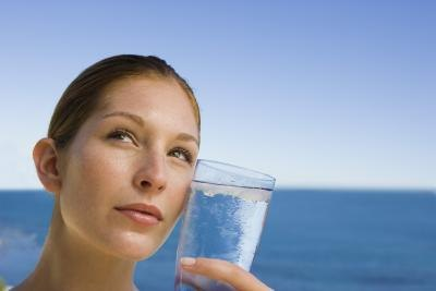 How to Detox by Drinking Salt Water
