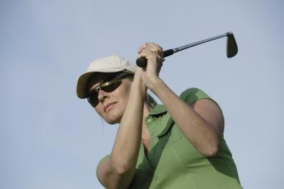 What Are the Best Women's Golf Sunglasses?