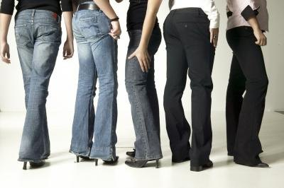 Differences Between Bootcut & Straight Leg Jeans | LIVESTRONG.COM