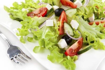 Does Eating Salad Help You Lose Weight?