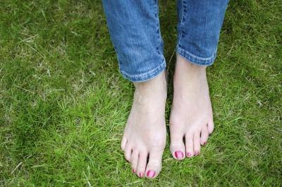 How to Fix Smelly Feet