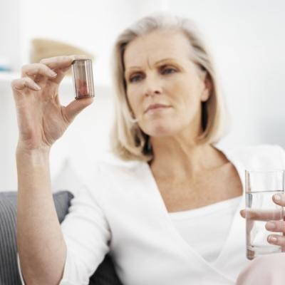 How Much Calcium Should a 50 Year Old Woman Take?