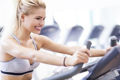 Does It Matter If You Hold on While on a Treadmill?