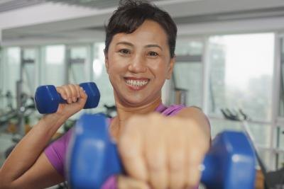 How to Build Muscle Tone in Women After 40