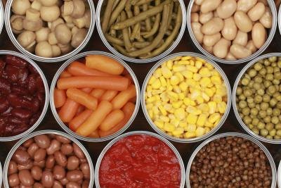 Nutrition Differences in Canned Vs. Fresh Produce