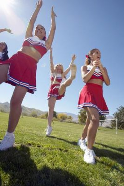 Cheerleading Cheers, Chants & Routines