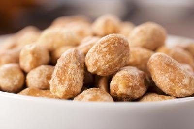 Can You Lose Weight Eating Peanuts?