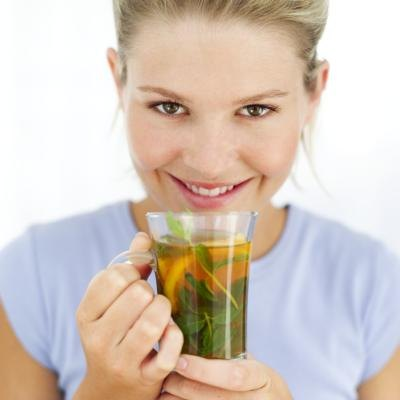 Herbal Teas That Cause Uterine Contractions