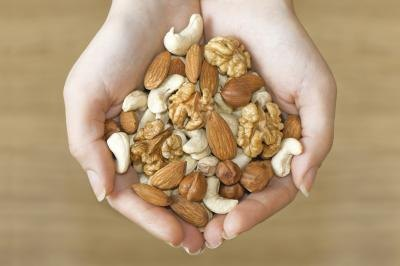 What Is the Correct Serving Size for Nuts?