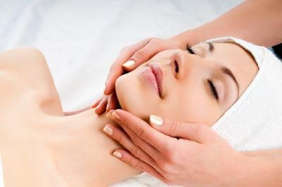 What Are the Benefits of Aromatherapy Facials?