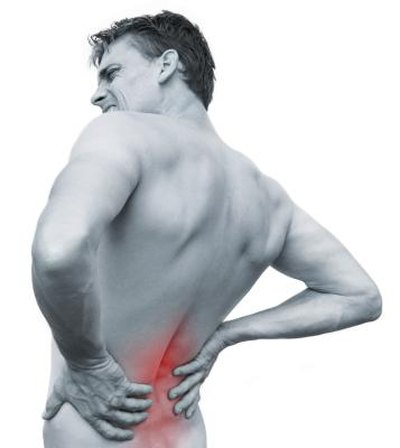 Causes of Back Pain & Nausea After Eating