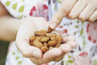 Nuts That Are High in Magnesium & Potassium
