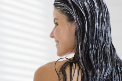 How to Stop Hair From Falling Out After Dyeing It