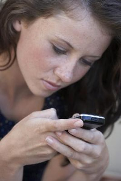 What Disadvantages Do Teens Have While Texting?