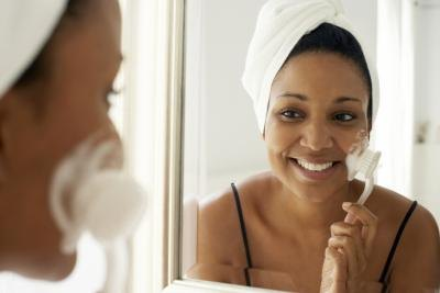 How to Fade Dark Spots on African-American Skin