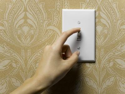 Facts About Turning Off Lights to Save Energy
