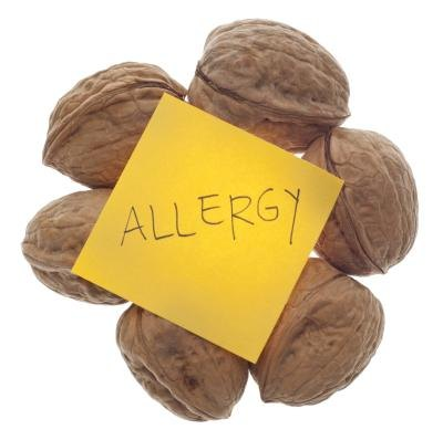 Food Allergies That Cause Gas & Bloating