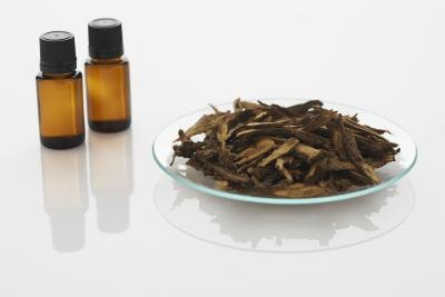 How to Use Tea Tree Oil for Jock Itch