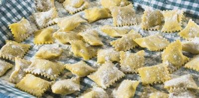 How Many Calories Are in Cheese Ravioli?
