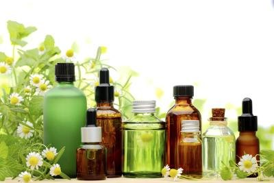 The Best Essential Oils for Swelling and Lumps