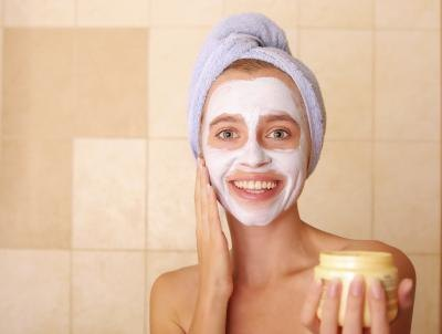 Face Masks for Oily Skin That You Can Make at Home