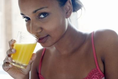 Is It Unhealthy to Drink Orange Juice While Pregnant?