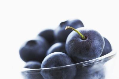 Antioxidants in Blueberries vs. Raisins