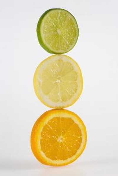How to Get a Flat Stomach Eating Citrus Fruit