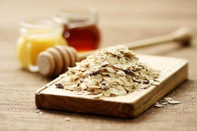 Benefits of a Yogurt Oatmeal Honey Mask