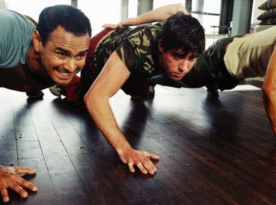 The Difference Between Standard Pushups and Military Pushups
