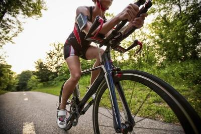 How Many Calories Are Burned by Bicycling Eight Miles in an Hour?