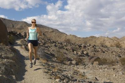 Advantages & Disadvantages of Altitude Training
