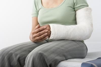How Long Does Therapy for a Broken Elbow and Humerus Take?