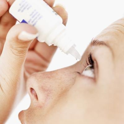 Natural Alternatives to Steroid Eyedrops