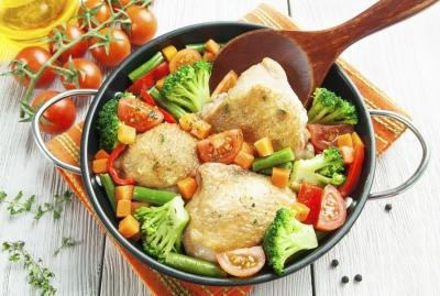 Skinless Chicken Thigh Nutrition Information