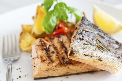What Types of Fish Are Low in Fat?