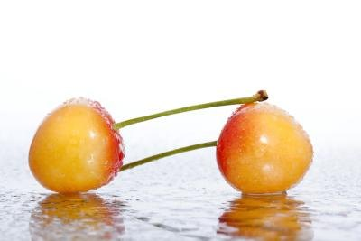What Is the Difference Between Maraschino Cherries & Candied Cherries?