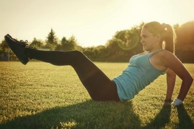 How to Help Sore Stomach Muscles After a Workout