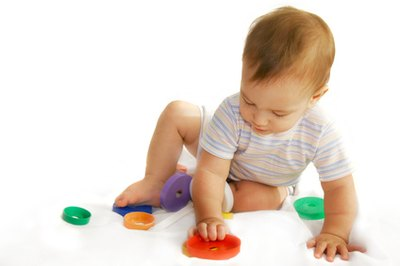 Pros and Cons of Infant Daycare