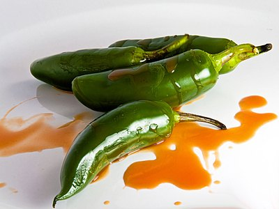 Differences Between Cayenne Pepper & Jalapeno