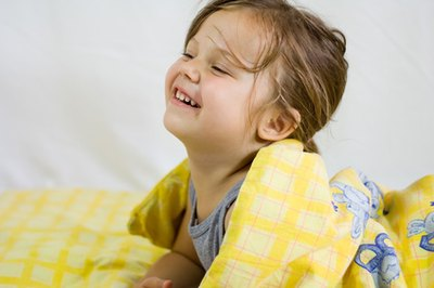 What Are the Danger Signs to Look for When Kids Fall Out of a Bed?