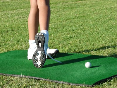 The Best Golf Shoes for Wide Feet