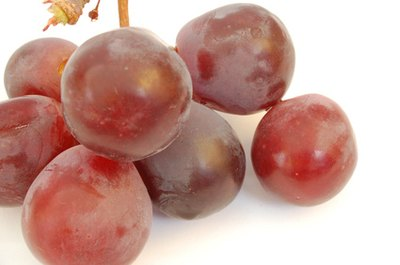Can I Get Resveratrol by Eating Red Grapes?
