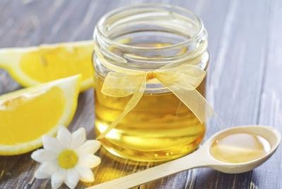 Honey and Lemon for Digestion