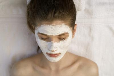 What Are the Benefits of a Yogurt Mask?
