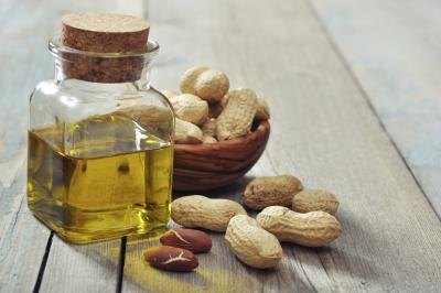 Canola Oil vs. Peanut Oil